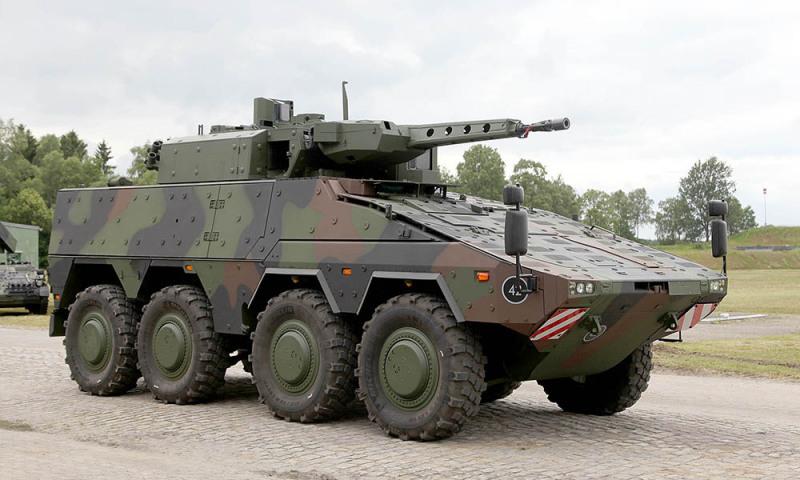 Transportor 8x8 Armata