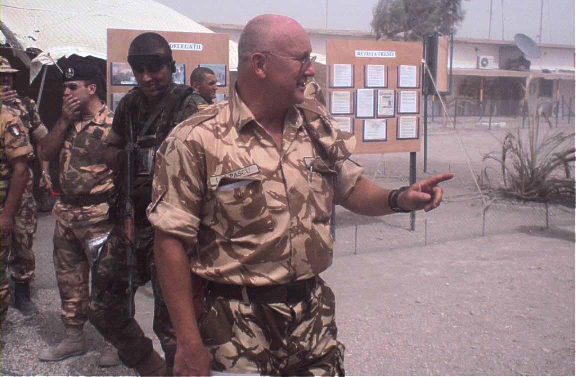 Pascu in Irak 2003
